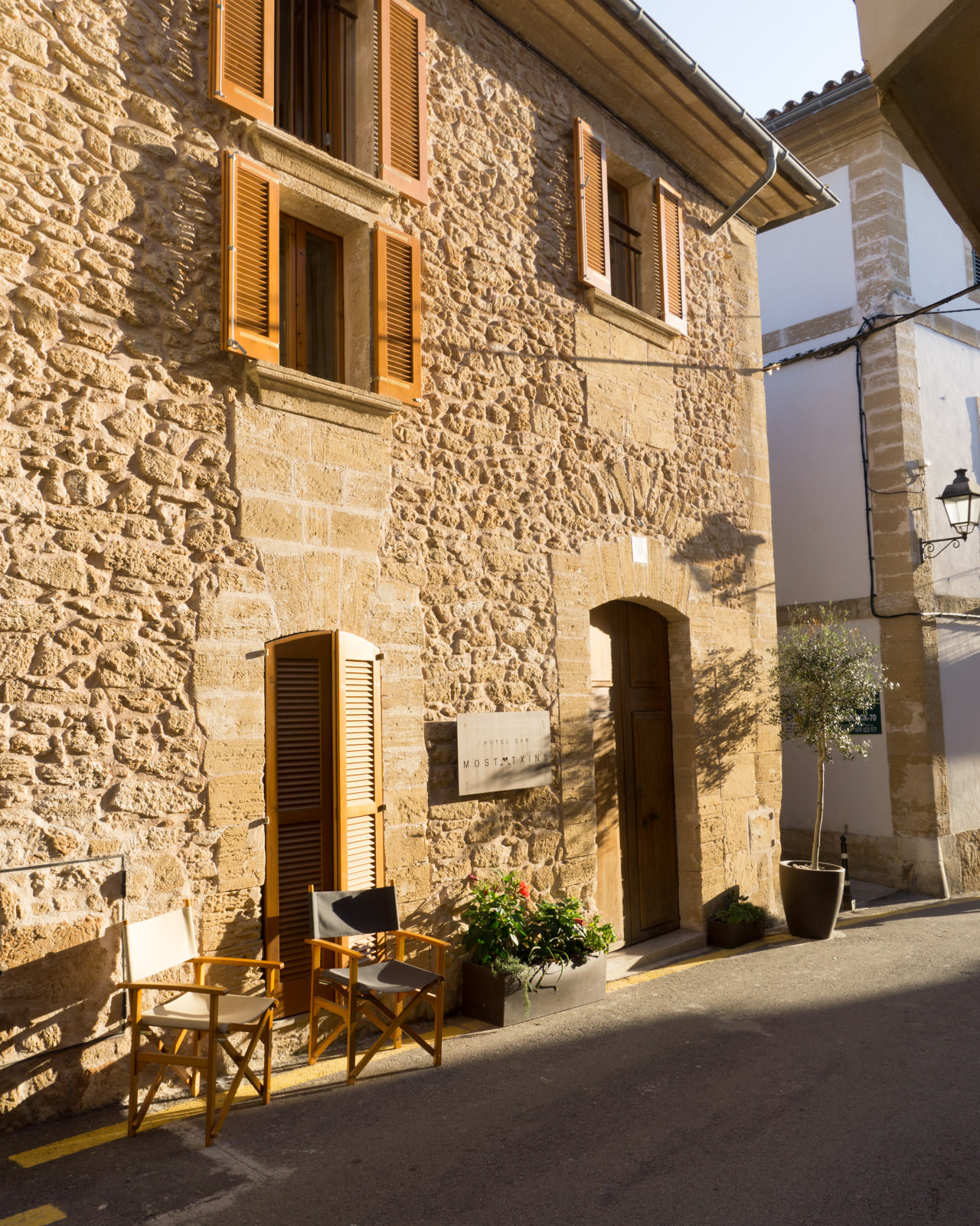 Hotel Can Mostatxins in Alcudia Old Town